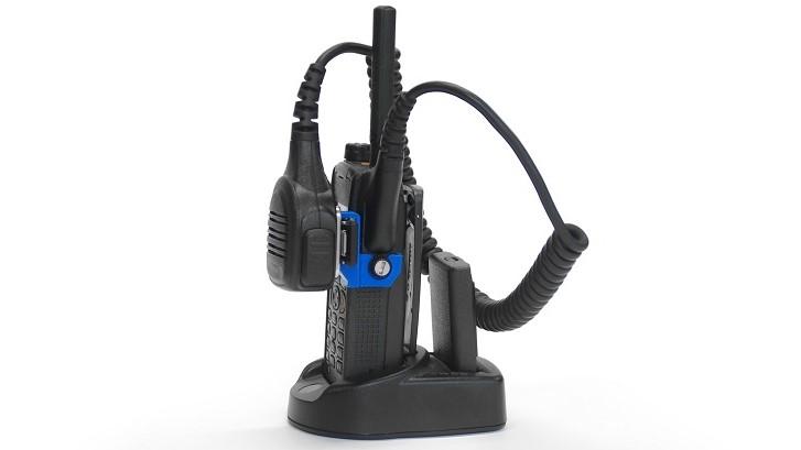 Mikrofonhalter an Funkgerät